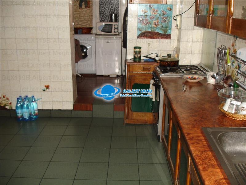 Vanzare Apartament 3 Camere Pantelimon P-ta Delfinului