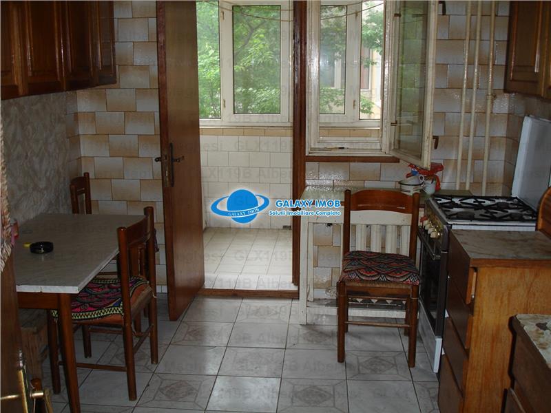 Vanzare Apartament 4 Camere Chisinau Str Herta