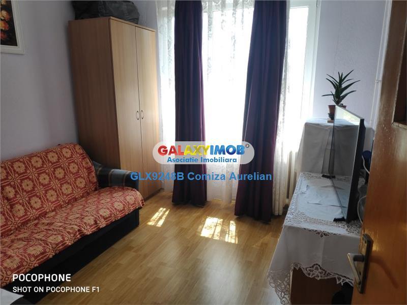 Vanzare apartament 4 camere decomandat  Auchan Titan
