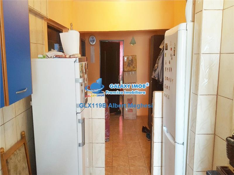 Vanzare apartament 4 camere decomandat Colentina McDonald's
