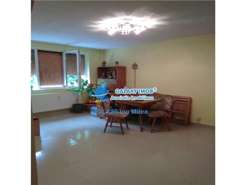 Vanzare apartament 4 camere Ozana Auchan