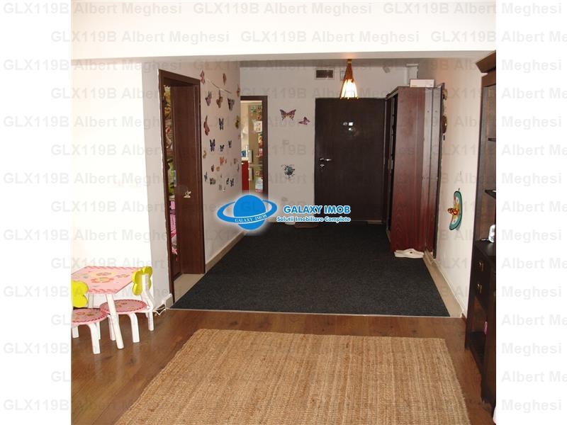 Vanzare Apartament 4 Camere Pantelimon Cora Deosebit