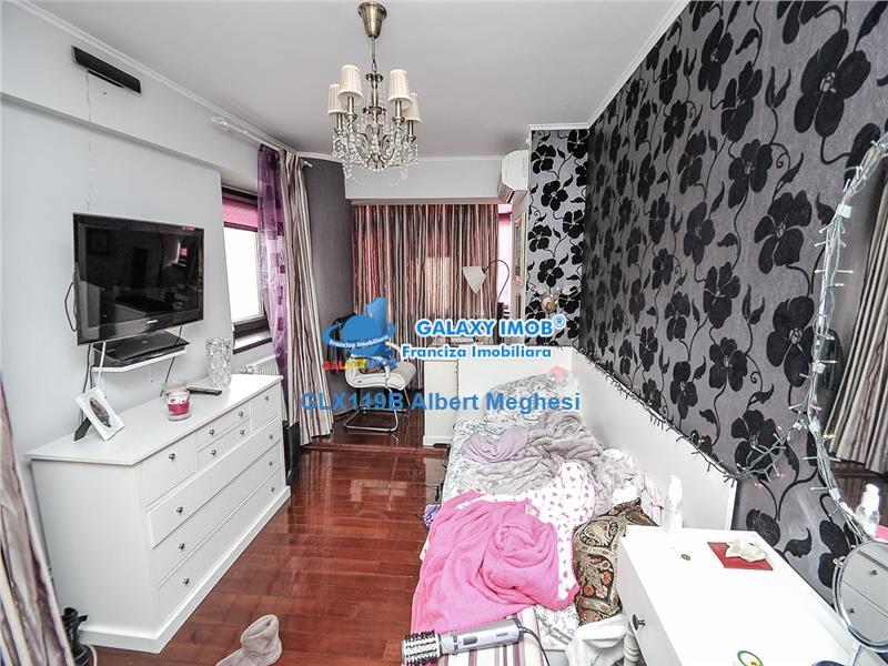 Vanzare Apartament 5 Camere Metrou Unirii Lux