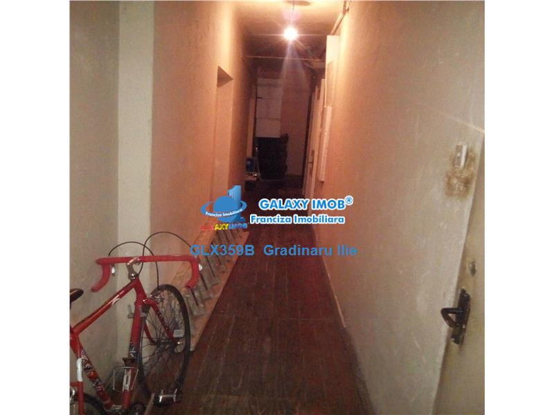Vanzare apartament 5 camere ultracentral / Scala