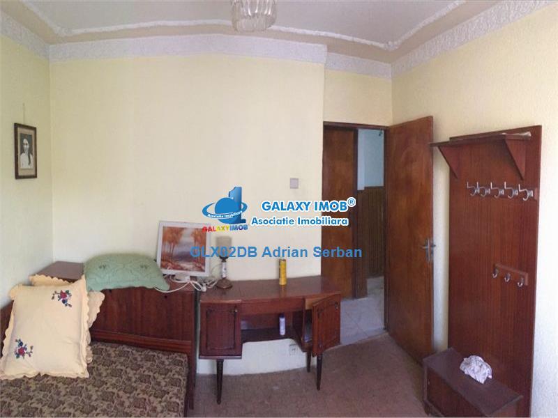 Vanzare apartament cu 2 camere, decomandat, Targoviste