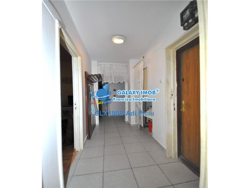 Vanzare apartament cu 3 camere Sos.Giurgiului