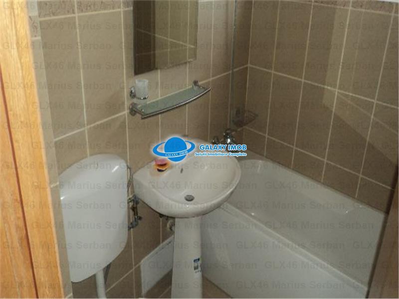 Vanzare apartament doua camere, Targoviste, central