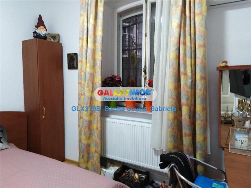 Vanzare apartament in vila ,125 mp, zona Armeneasca