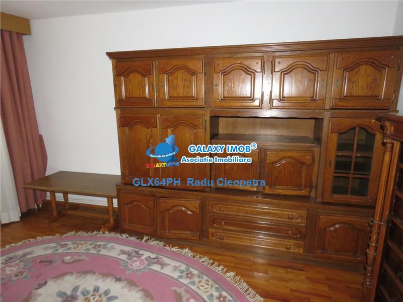 Vanzare casa 4 camere Ploiesti, zona centrala
