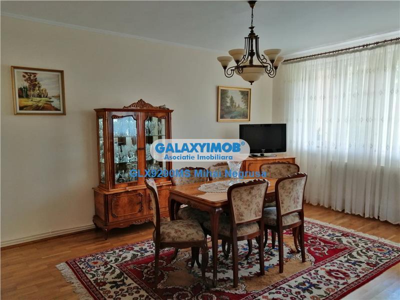 Vanzare casa cu 6 camere situata in Sangeorgiu de Mures
