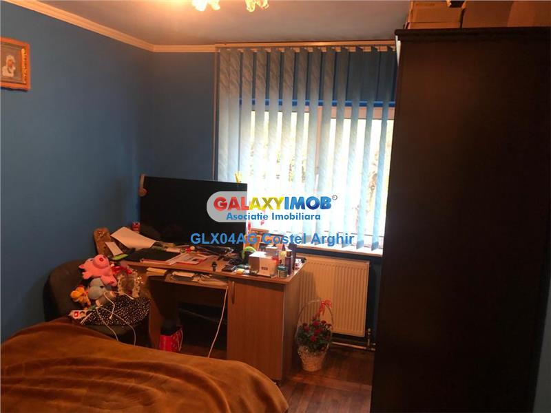 Vindem apartament cu 3 camere , parter Eremia Grigorescu