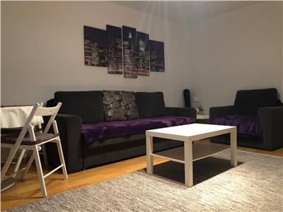 Inchiriere apartament 2 camere, decomandat zona Democrației, Ploiești.
