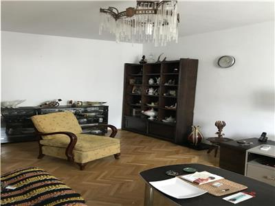 -nchiriere apartament 3 camere Drumul Taberei