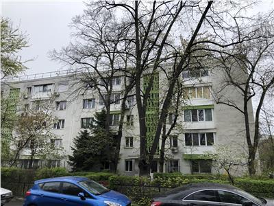 Apartament 2 Cam Renovat Semimobilat Pajura str Faurei