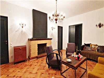 Apartament 4 camere, 110 mp plus terasa de 43 mp,popa soare, renovat