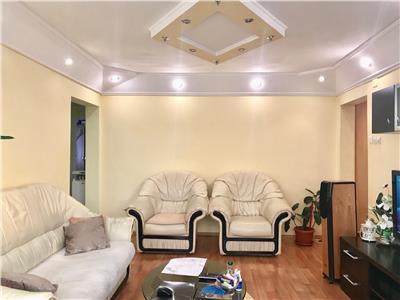 Apartamant 3 camere, semidecomandat,mobilat, zona nord, ploiesti