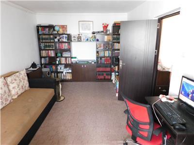 Apartament 2 camere - bloc 1982 - Metrou Titan - Parc IOR
