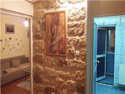 Apartament 2 camere  cf 1 dec tudor vladimirescu etaj p/4