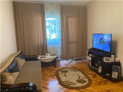 Apartament 2 camere de inchiriat m 9