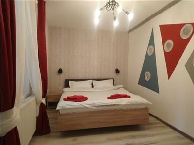 Apartament 2 camere de inchiriat piata unirii centrul vechi 350 euro