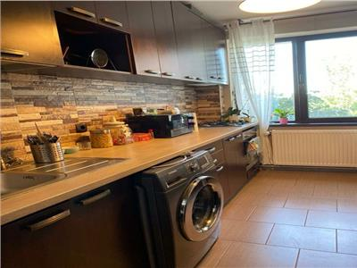 Apartament 2 camere de inchiriat Titan zona Piata Minis