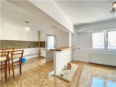 Apartament 2 camere de lux, decomandat, zona centrala, Ploiesti