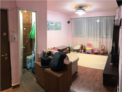 Apartament 2 camere de vanzare brancoveanu - metrou eroii revolutiei