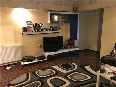 Apartament 2 camere de vanzare zona armeneasca