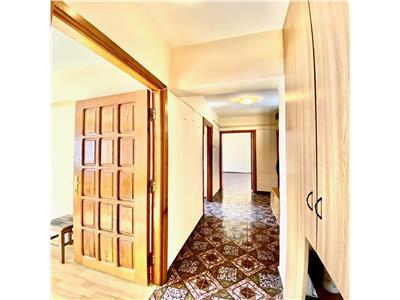 Apartament 2 camere, decomandat, centrala termica, Republicii Ploiesti