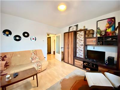 Apartament 2 camere, decomandat, enachita vacarescu, ploiesti