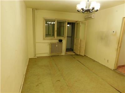 Apartament 2 camere decomandat et 4/10 - bl.1985 - basarabia - titan