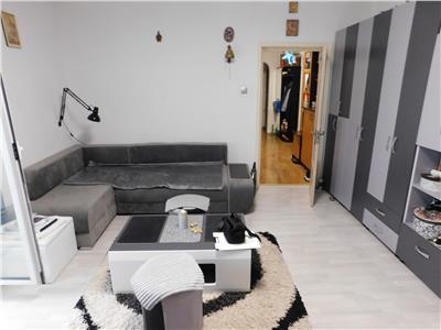 Apartament 2 camere decomandat - etaj 3/8 - bloc 1986 - mall vitan