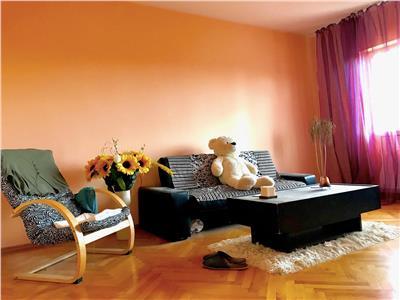 Apartament 2 camere decomandat mobilat utilat bloc beton Nord Ploiesti