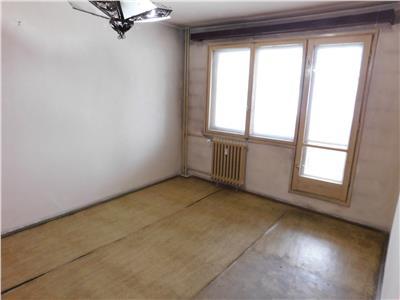 Apartament 2 camere decomandat  - necesita renovare - metrou dristor