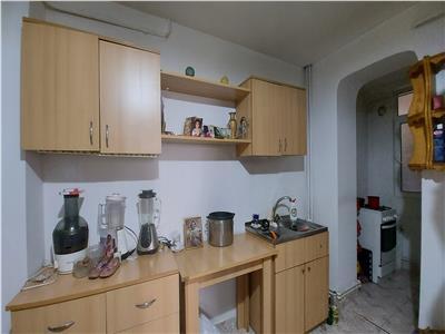 Apartament 2 camere, decomandat, unirii !