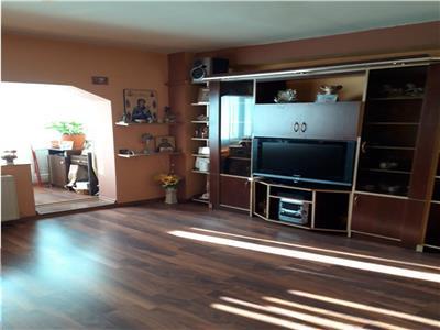 Apartament 2 camere decomandat Vitan Mall 77999 euro