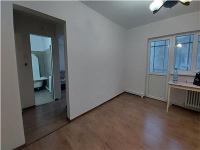 Apartament 2 camere etaj 1!