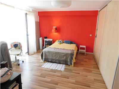 Apartament 2 camere etaj 1/3 - bloc 2012 - str. voronet - decebal
