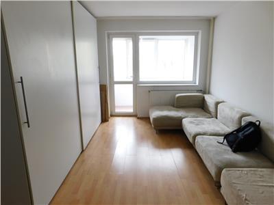 Apartament 2 camere etaj 4/10 decomandat - Scoala 195  - Metrou Titan