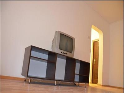 Apartament 2 camere  zona Gorjului