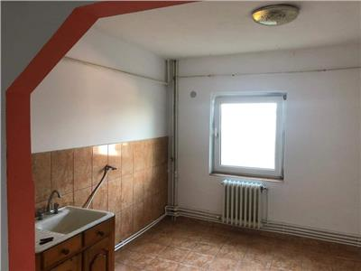 Apartament 2 camere, imparat traian!