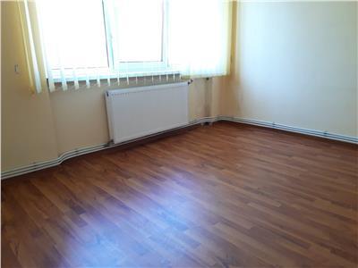 Apartament 2 camere, marchian !