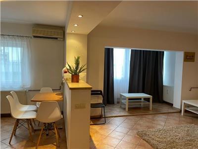 Apartament 2 camere mobilat si utilat cu parcare proprie Aviatiei