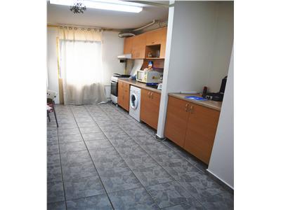 Apartament 2 camere, parter, constructorilor.52 mp.stradal.