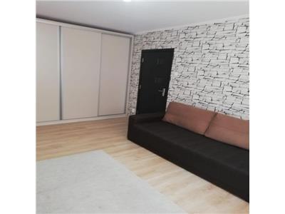 Apartament 2 camere, renovat - baba novac