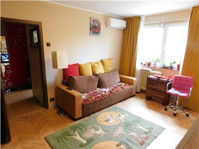 Apartament 2 camere renovat - etaj 2 - piata minis - titan