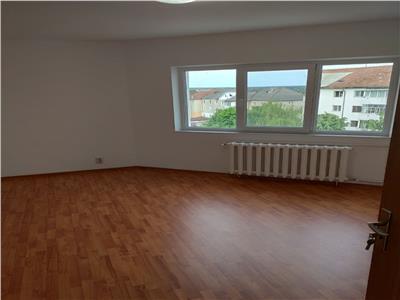 Apartament 2 camere, renovat, Savenilor!