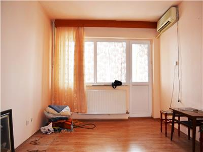 Apartament 2 camere, semidecomandat, 50 mp utili, Vest, Ploiesti