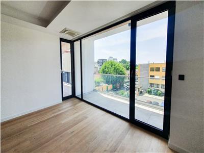 Apartament 3 camere | lux | floreasca |vedere lac