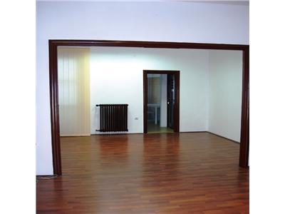 Apartament 3 camere, 2 bai, Piata Amzei.Mendeleev.